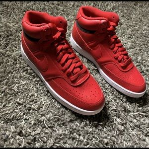 Nike mid Women's Trainers Red Size 7.5